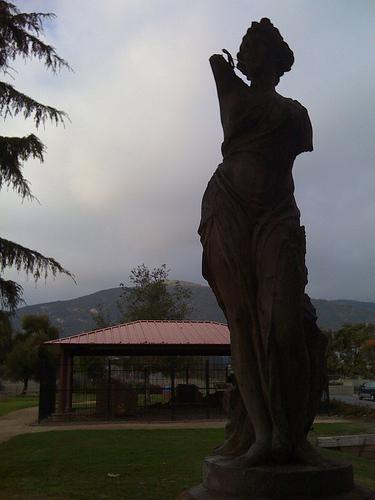 heath_statue